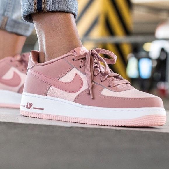 Nike Air Force Suede Rust Pink